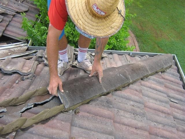 Roof Tile Repair Near Me Jackson, MS 39206